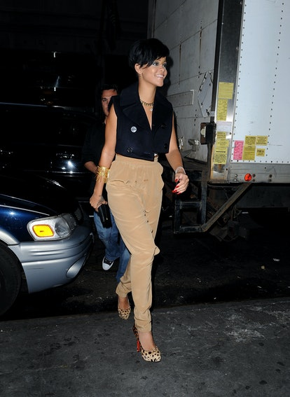 NEW YORK - AUGUST 25:  Rihanna seen on the Streets of Manhattan on August 25, 2009 in New York City.  (Photo by James Devaney/WireImage)